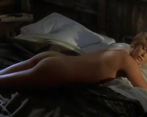 Charlize Theron – The Cider House Rules (1999)
