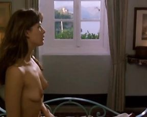 Sophie Marceau Nude - Al di la Delle Nuvole (1995)