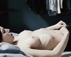 Emilia schüle nackt sex