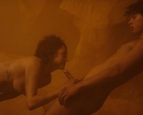 Maria Evoli, Maria Cid nude – Tenemos la carne (2016)