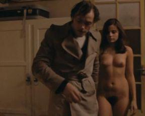 Marie Trintignant nude – Serie noire (1979)