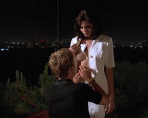 Angelina Jolie sexy – Playing God (1997)