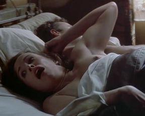 Catherine Hicks  nackt