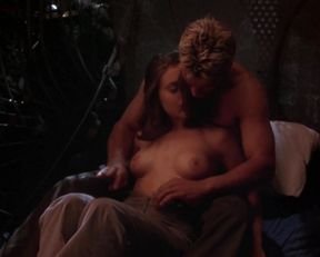 Alyssa Milano nude – Poison Ivy 2 (1996)