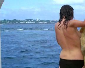 Jacqueline Bisset sexy – The Deep (1977)