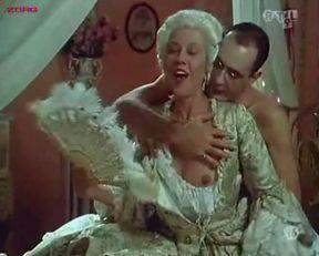 Penelope Cruz nude, Itziar Alvarez nude, Marina Martinez Andina nude – Serie rose: Elle et Loui (1992)
