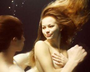Svetlana Ustinova nude – The Well (2009)