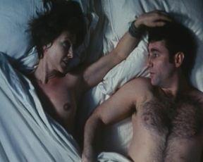 Nathalie Baye nude – Une liaison pornographique (1999)