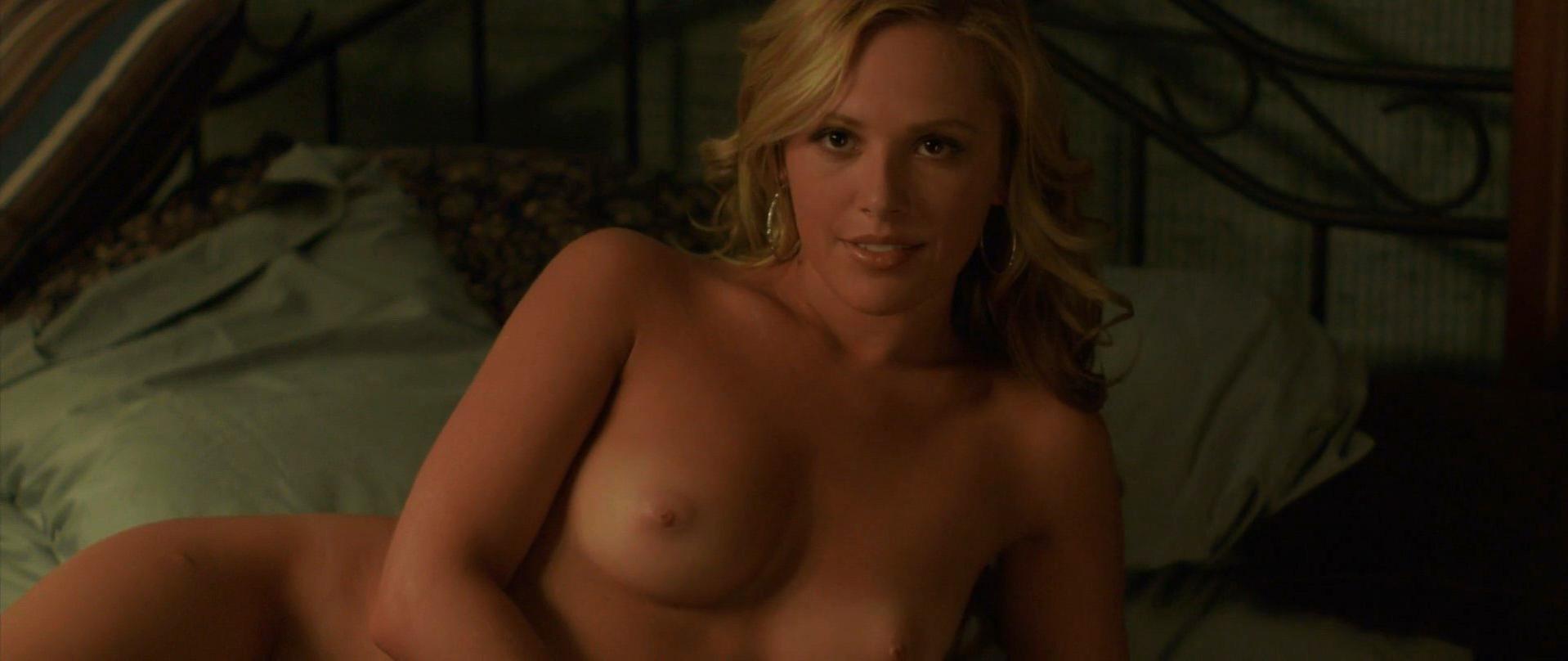 Sarah Hall  nackt