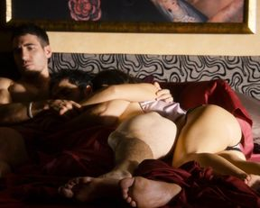 Doona Bae nude, Erendira Ibarra sexy – Sense8 s01e04 (2015)