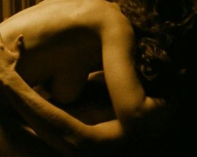 Eugenia Anselin nude, Isabelle Caillat nude, Shiva Gholamianzadeh nude – Verso (2009)