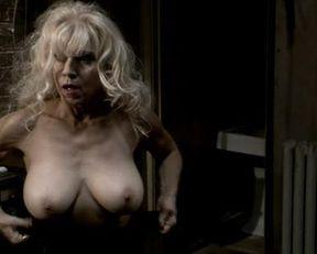 Andrea Bogart, Amanda Swisten nude – The Last Run (2004)
