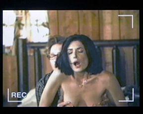 Lara Flynn Boyle nude – Speaking of Sex (2001)