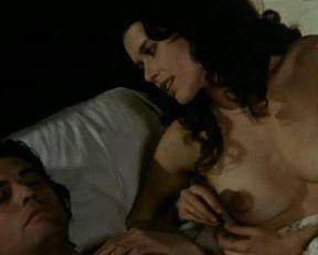 Sylvia Kristel nude – Une Femme Fidele (1976)