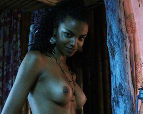 Lucy Ramos nude - Turistas (2006)