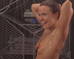 Starship Troopers nude - Dina Meyer, others