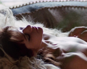 Pamela Tiffin nude - Giornata nera per l'ariete (1971)