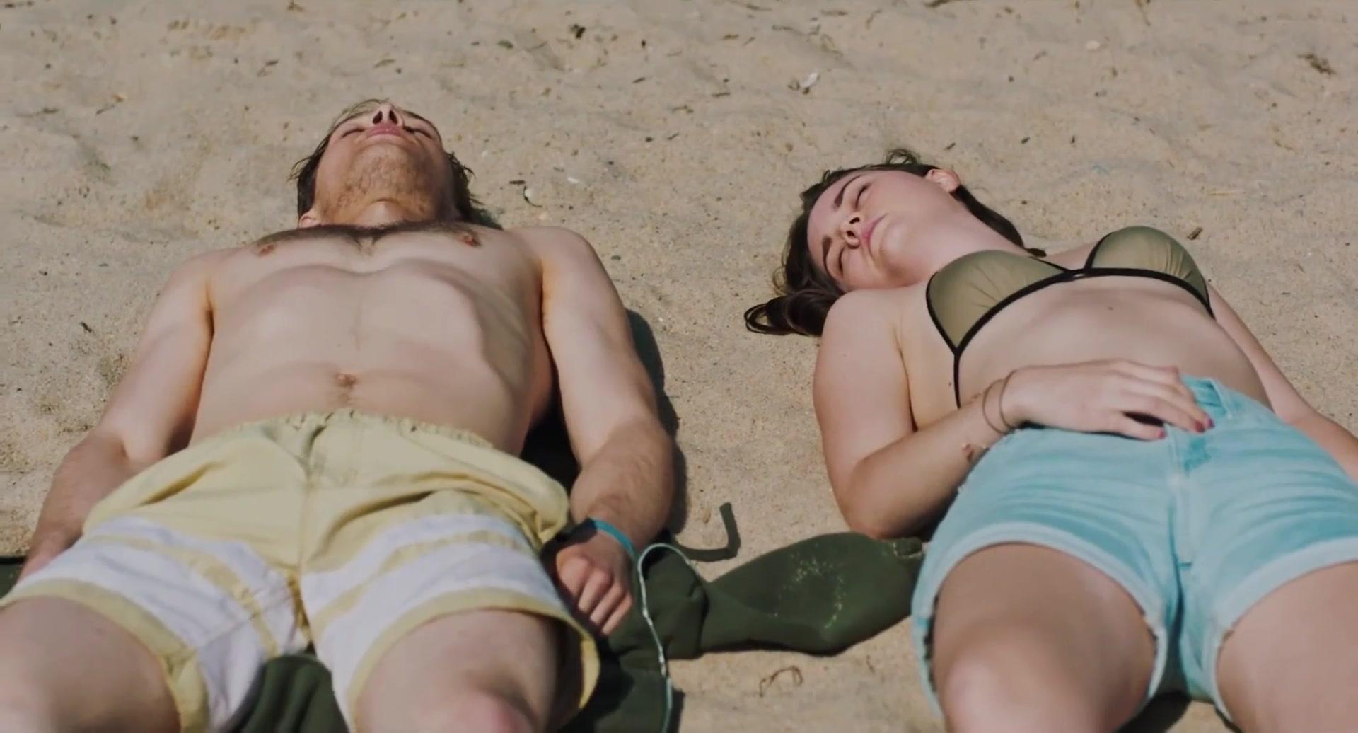 Liberato nackt Liana  Topless girls