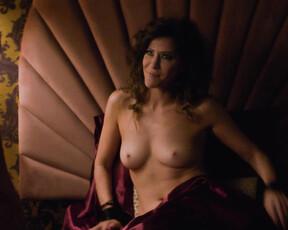 Regan nackt Laura  Laura Regan
