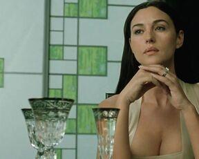 Nackt Monica Bellucci  Monica Bellucci