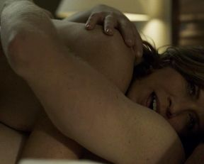 Kim Dickens nude – House of Cards s03e09-10 (2015)