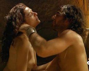 Ana de Armas sexy, Nathalie Poza nude, Angela Cremonte nude, Lara Corrochano nude – Hispania, la leyenda s01e01-02 (2010)
