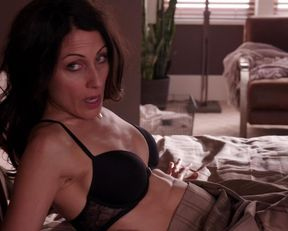 Lisa Edelstein sexy – Girlfriends' Guide to Divorce s01e04 (2014)