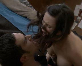 Keisha Castle-Hughes, Brooke Williams naked – The Almighty Johnsons s01e10 (2011)