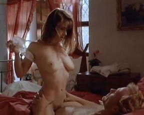 Shannon Whirry, Kiara Hunter nackt – Dangerous Prey (1995)