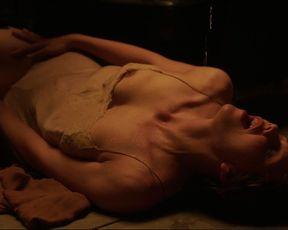Emmanuelle nackt Bach Emmanuelle Bach