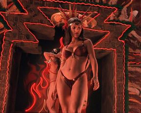Salma Hayek sexy – From Dusk Till Dawn (1996)