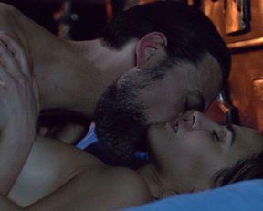 Melia Kreiling nude – Tyrant s03e05 (2016)