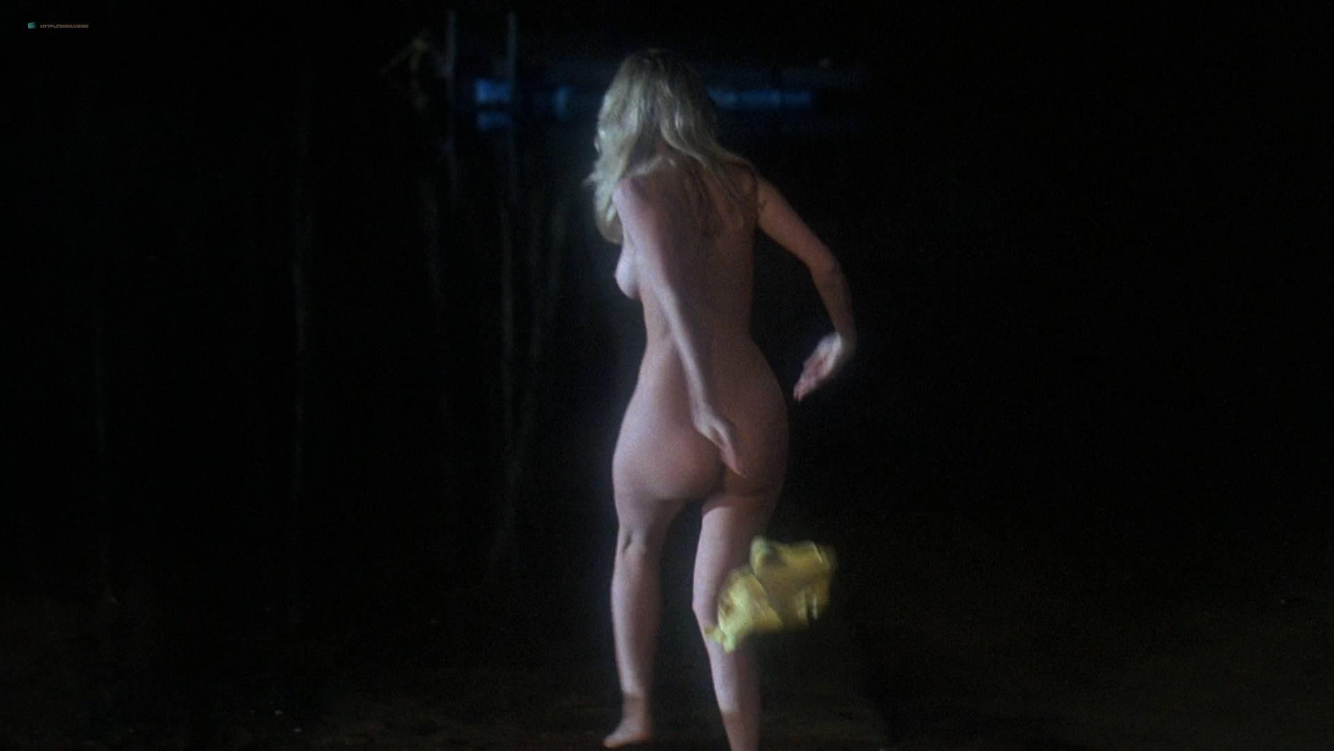 Heidi Kozak  nackt