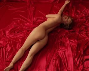 Kelli Garner nude – The Secret Life of Marilyn Monroe s01e01 (2015)