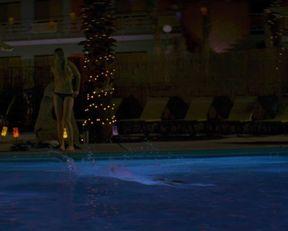 Amber Heard nude, Amanda Seyfried nude – Alpha Dog (2006)