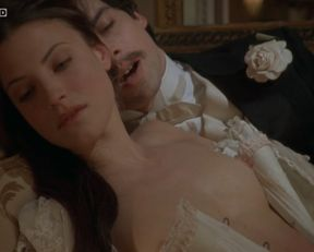 Sara Pasquier nude, Zoe Nonn nude – A la recherche du temps perdu (2010)