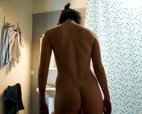 Garance Marillier nude, Ella Rumpf nude – Grave (2016)