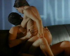 Mia Zottoli nude, Susan Featherly nude, Lauren Montgomery nude – Animal Attraction 3 (2001)