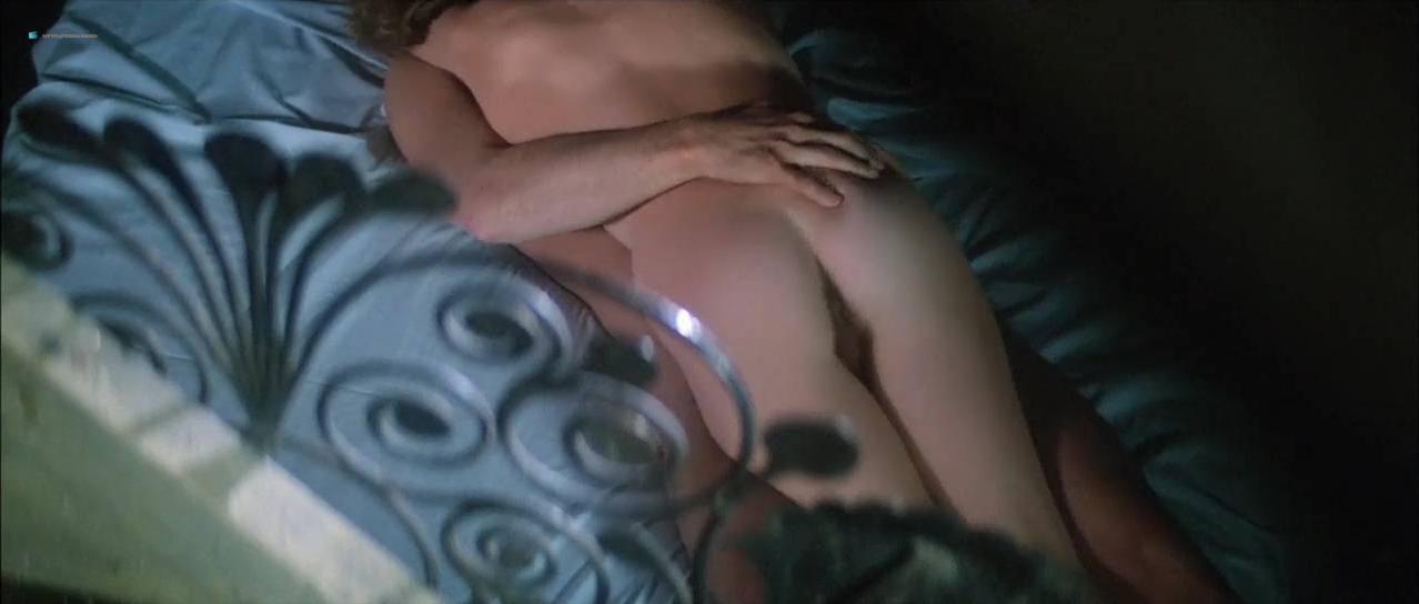 Isabelle nackt Huppert Miou