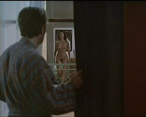 Mathilda May nude – La Passerelle (1988)