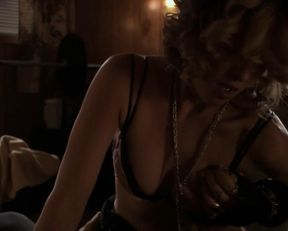 Nicky Aycox nude – Animals (2008)