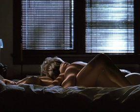 Kim Basinger nude – Final Analysis (1992)