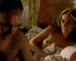 Amalia Hornero nude – La noche de los girasols (2006)
