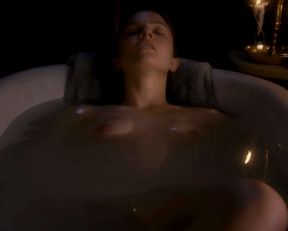 Shannon Lucio nude – Consuming Beauty (2015)