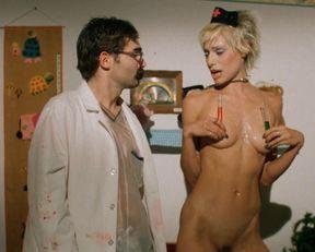 Heidi Sjursen nude, Julie Strain nude – Citizen Toxie: The Toxic Avenger 4 (2000)