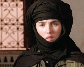 Isabelle Adjani nude – Ishtar (1987)