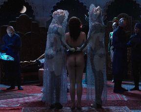 Tuppence Middleton nude, Vanessa Kirby sexy – Jupiter Ascending (2015)