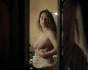 Barbara De Rossi nude, Veronica Logan nude, Clelia Rondinella nude, Monica Scattini nude – Maniaci sentimentali (1994)