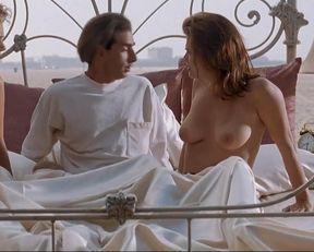 Monique Gabrielle nude, Michelle Grassnick nude, Alison Armitage nude, Wendy Kaye nude, Felicity Waterman nude – Miracle Beach (1992)