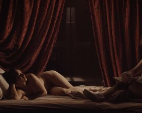 Emily Holmes nude, Jodhi May nude, Fiona O'Shaughnessy nude – Nightwatching (2007)